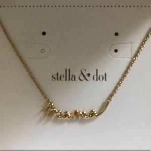 Stella & Dot mama necklace- gold